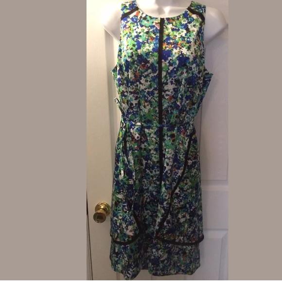 Ann Taylor Dresses & Skirts - ANN TAYLOR Floral Dress Tie Back Career